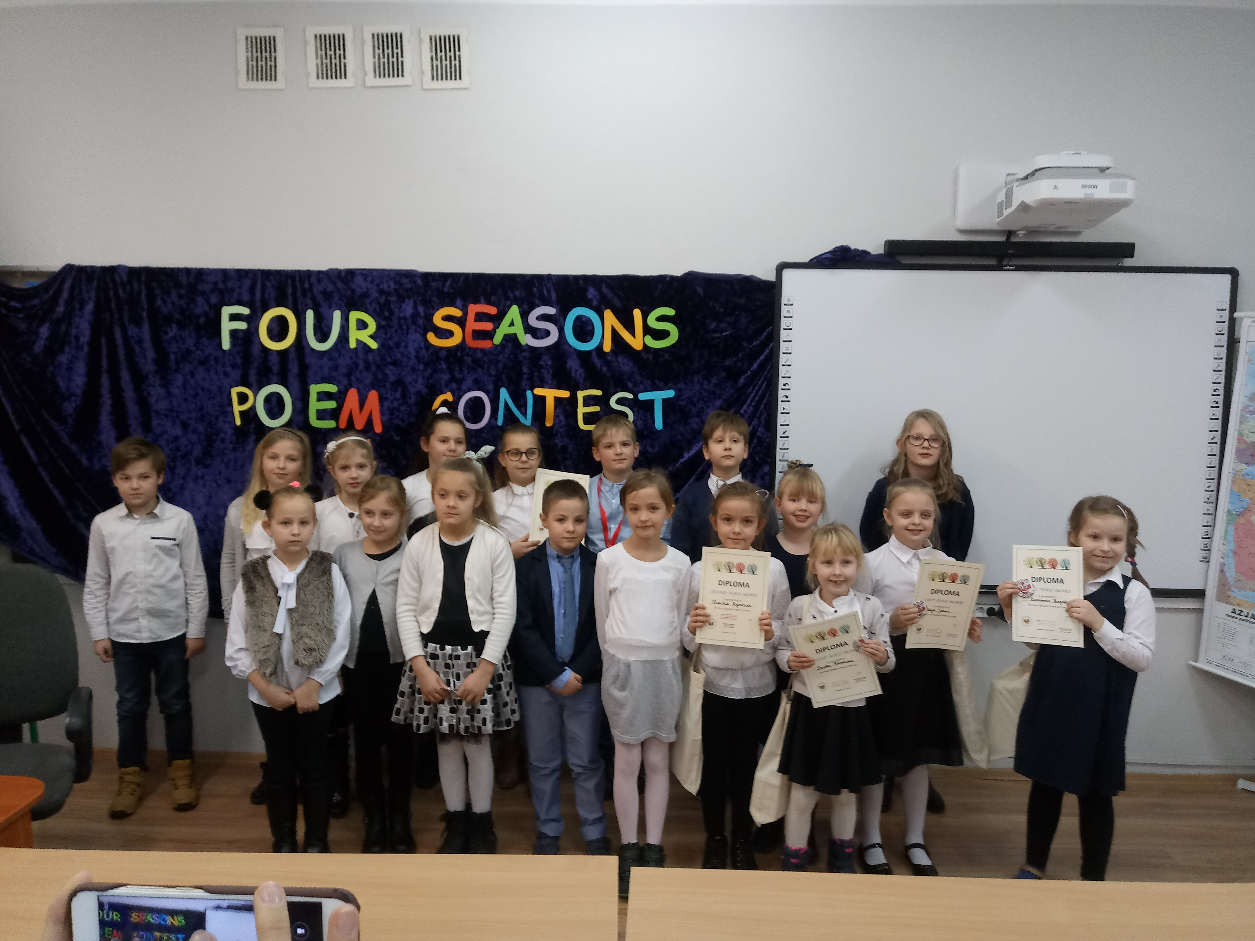 Konkurs FOUR SEASONS POEM CONTEST