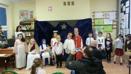 Jasełka w wykonaniu uczestników koła teatralno – recytatorskiego